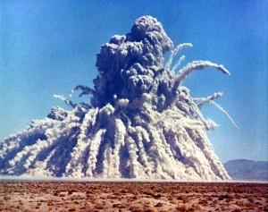 Bergbau mit Atomkraft: Storax Sedan, atomare Sprengung in der Wüste von Nevada, 6. Juli 1962