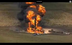 Angebohrte Pipeline bei Milford, Tx. (14.11.2013)