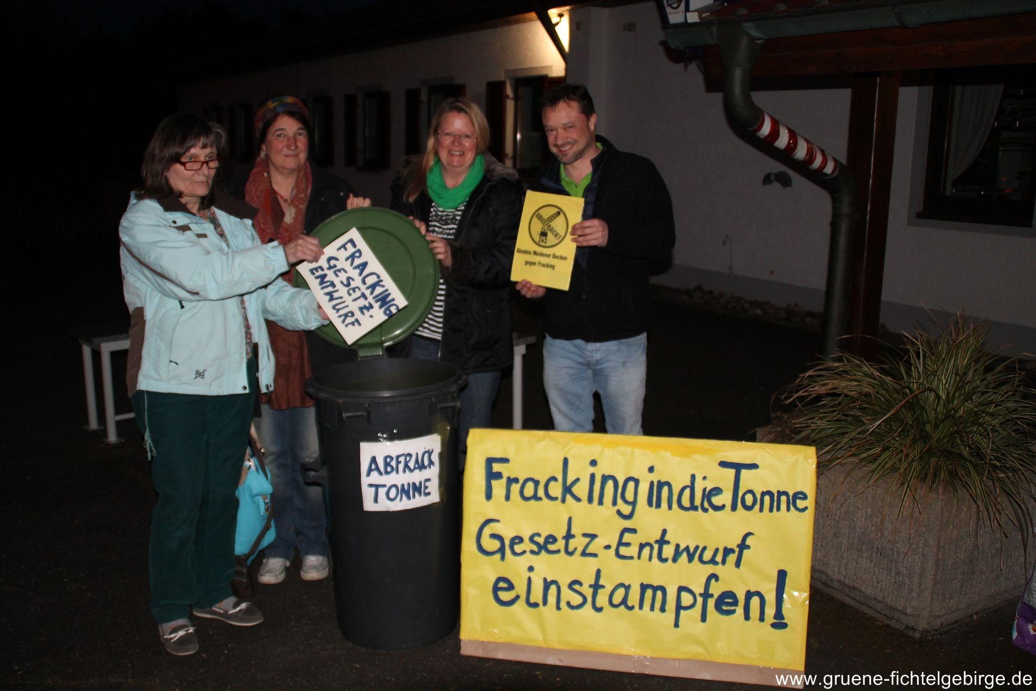 Fracking-Gesetzentwurf-in-die-Tonne-k-2015-Fracking-Weiden-13